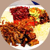 Assiette israélienne, copeaux de dinde et agneau grillés à la broche