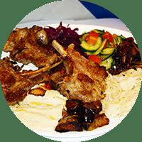 Assiette israélienne, côtes d'agneau grillées